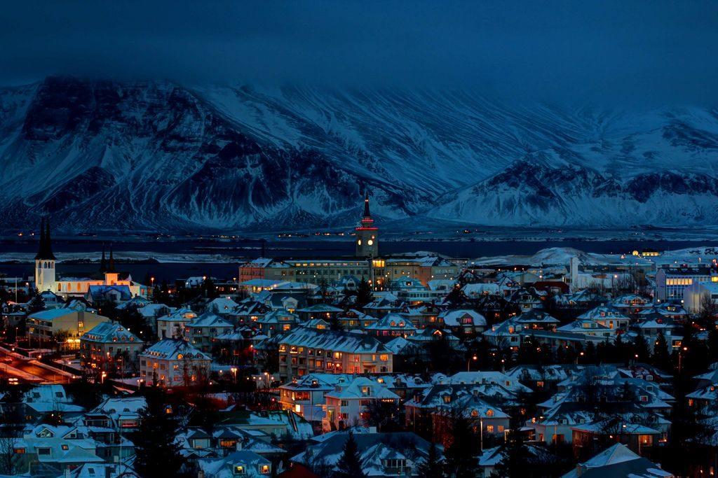 reykjavik night